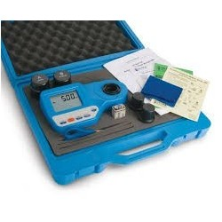 Photometer HI 96700 for low ammonia (up to 3.00 mg/l), CAL CHECK, 2 measuring cells and batterie